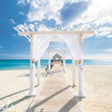 Why Sandals and Beaches Resorts Offer the Best Destination Wedding Package